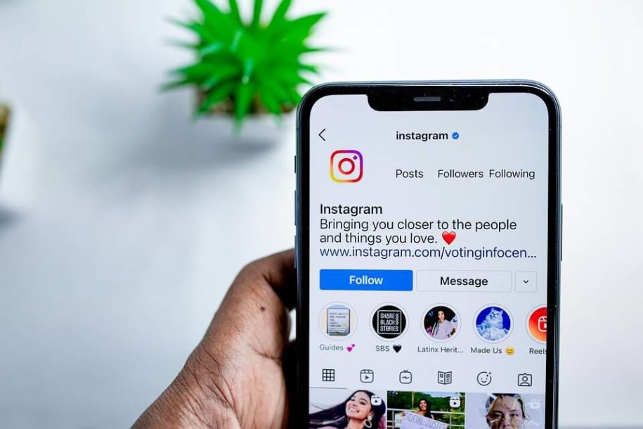 How to use Instagram Stories post image